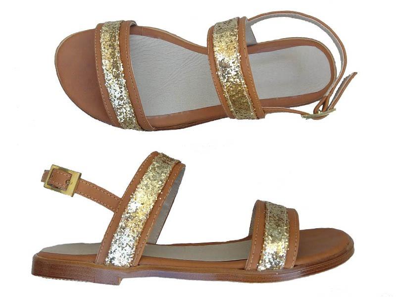 sandalias beige y dorado