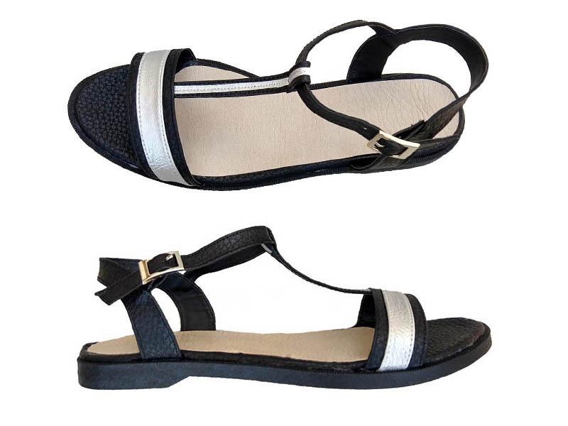 sandalias negras y plata